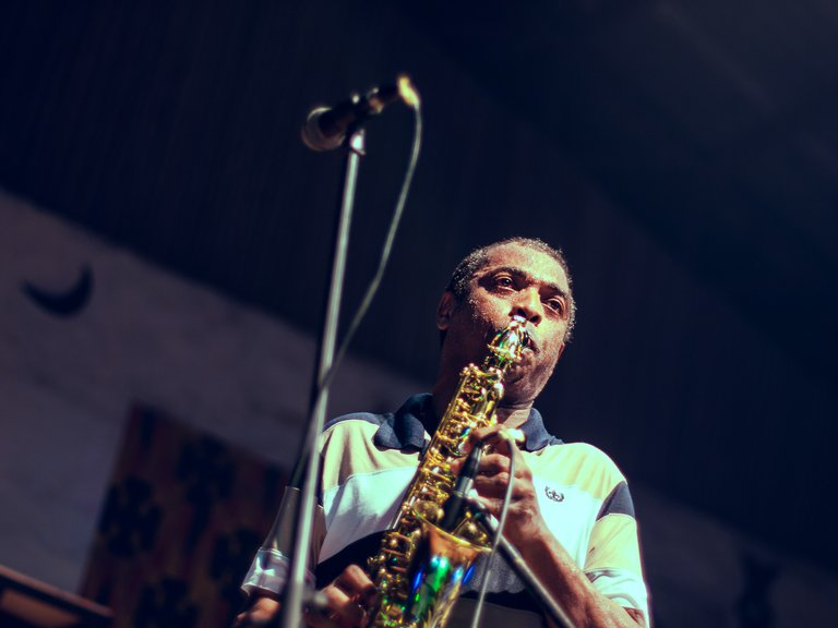 Femi Kuti playing saxophone